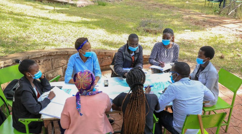 JKUAT students in a group discussion